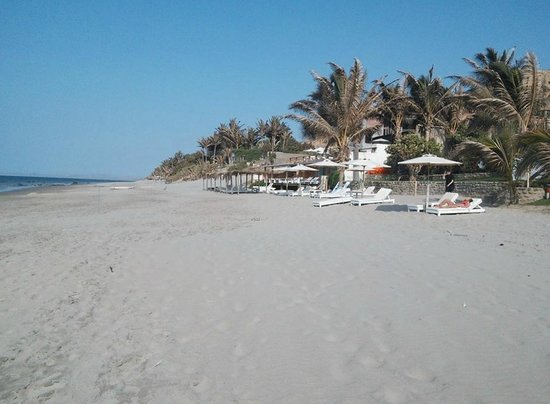 Christmas Day on Claro de Luna's beach area