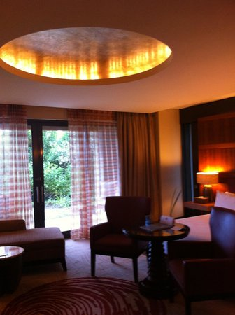 Conrad Pezula: Room