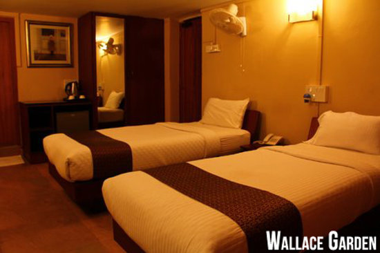 Hanu Reddy Residences,Wallace Garden : Deluxe Room