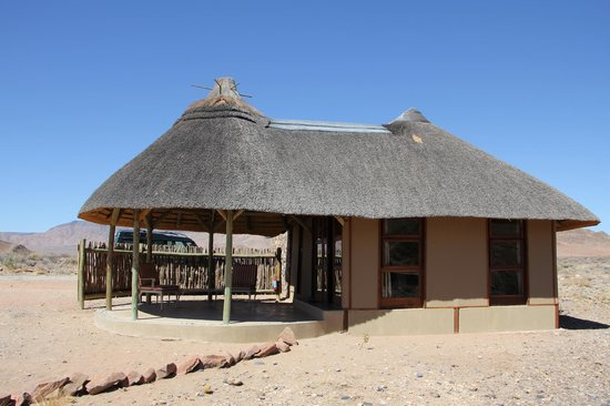 Hoodia Desert Lodge: The chalets are amazing