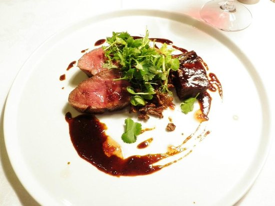 Hippopotamus: prime angus beef with slow cooked short ribs