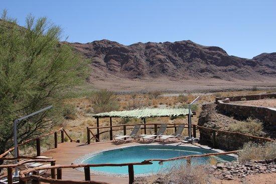 Hoodia Desert Lodge: Perfect pool