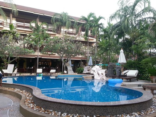 Grand Thai House Resort: The Swimming pool