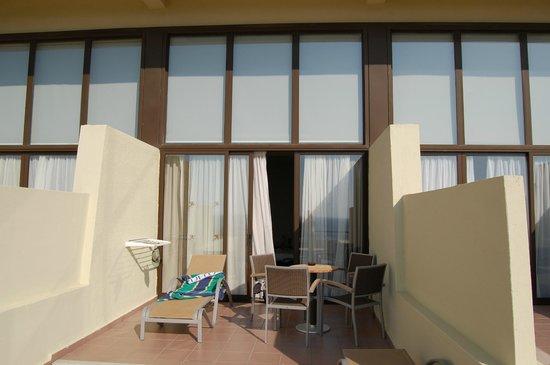 Amathus Beach Hotel Rhodes: балкон