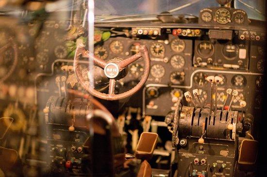 Runway 34: Das Cockpit der Smokers Lounge