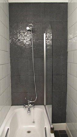 Struy Inn: Shower area