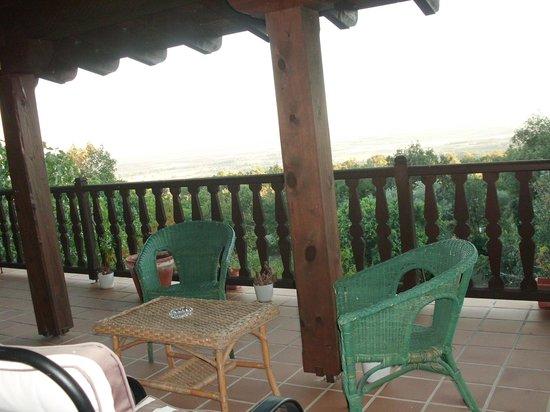 Casa Rural La Josa: Terraza
