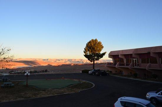 Quality Inn at Lake Powell : вид из окон