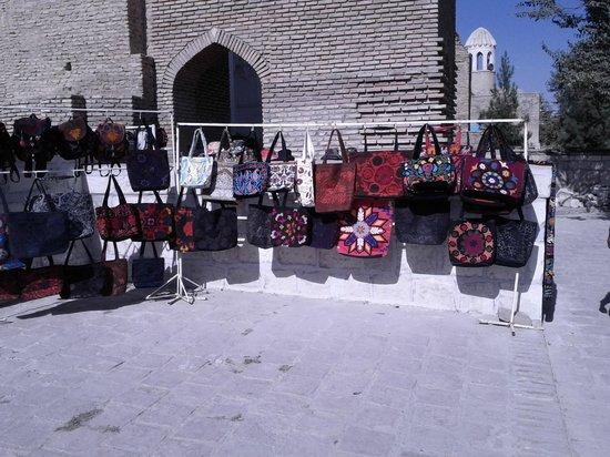Shakhrisabz, Uzbekistan: Souvenir Shop