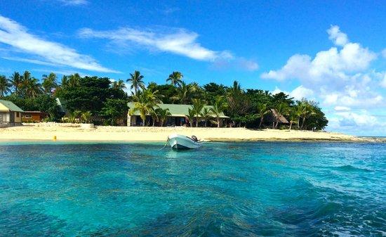Beachcomber Island Resort: Arriving by boat