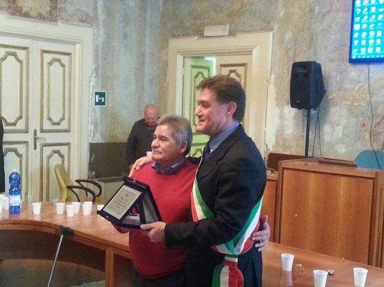 Marina di Vietri: premiazione sindaco