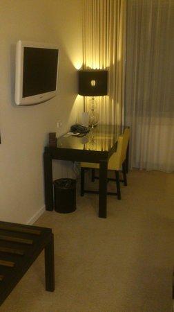 Hotel Opus Horsens: tv