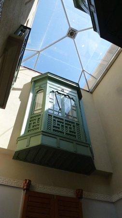 Palais Faraj Suites & Spa : Patio  avec verrière  du Riad Marocain