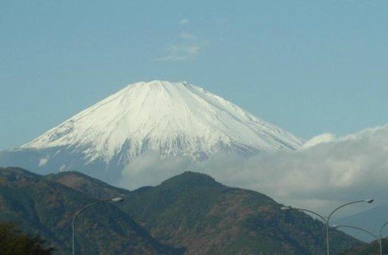 Grand Hotel Hamamatsu : Mt Fuji from the coach on the way to Hamamatsu