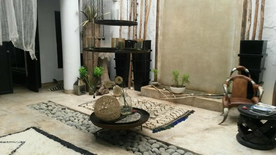 Riad Lola : Patio