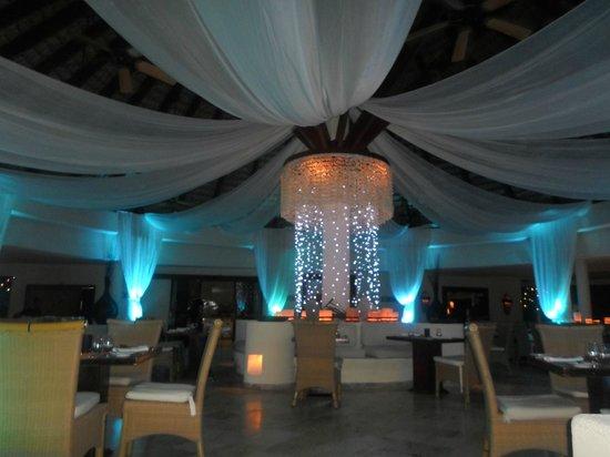 Paradisus Palma Real Golf & Spa Resort: Gaby Beach en nochebuena