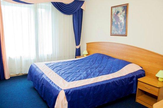 Sayany Hotel : Двухместный номер - спальня