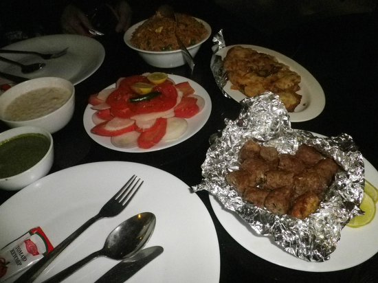 "Hotel Blue Berry: 中央は""グリーンサラダ""。うさぎさんのような超野菜好きの人にお勧め"