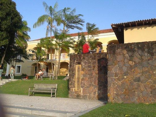 Espaco Cultural Casa das Onze Janelas: Restaurante e museu