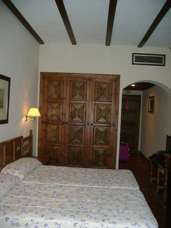 Hotel Maria Cristina: habitacion