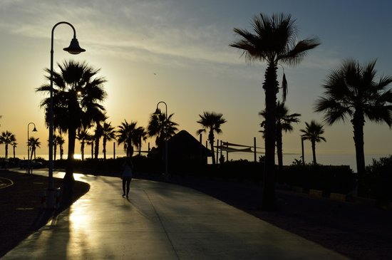 Hotel Best Benalmadena : sunset on the promenade