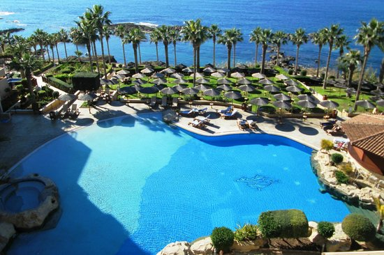 Atlantica Golden Beach Hotel: The outdoor pool