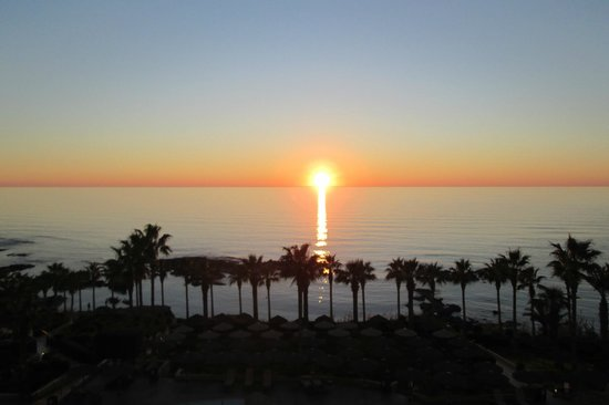 Atlantica Golden Beach Hotel: The sunset