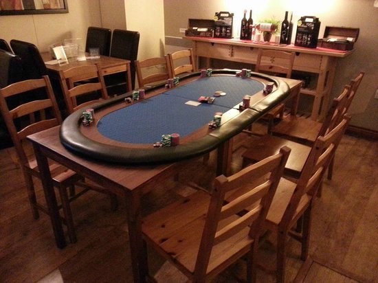 Claysons Cafe, Wine Bar and Bistro : Poker Club Meeting Venue
