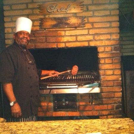 Cattlemen's Fort Worth Steak House: Chef Lee proudly displays my rare steak.