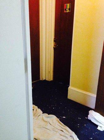 Ibis Styles London Croydon: travaux devant notre chambre, commencé samedi à 8h du matin