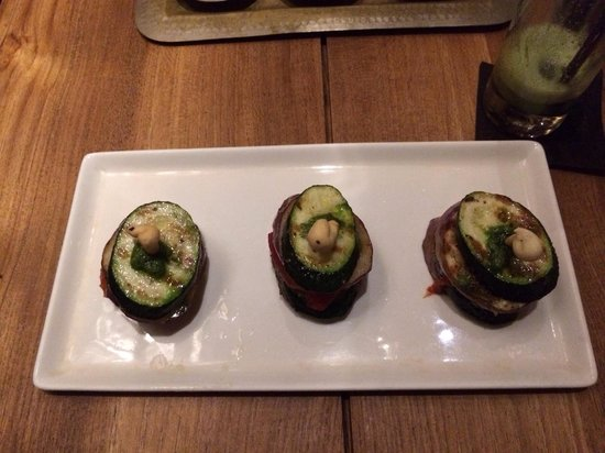 Khaima Restaurant : Grilled vegetables. Really really tasty and vegan.