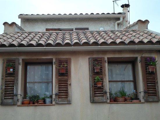 Puerto Viejo: caratteristiche finestre della old city