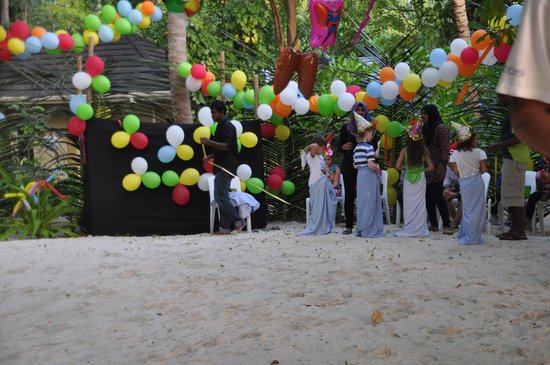 Royal Island Resort & Spa: kids party