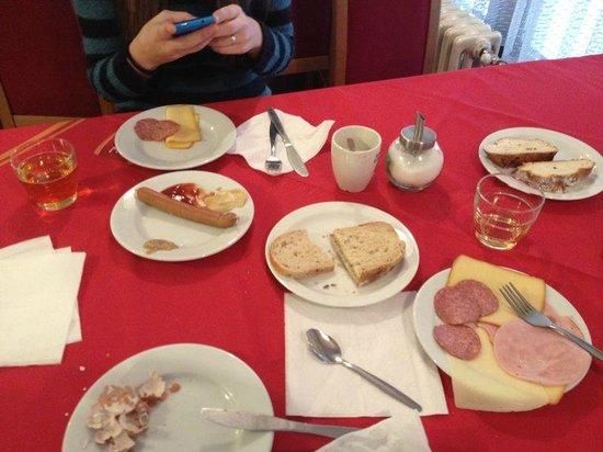 Legie: colazione12