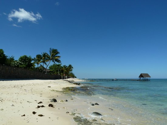 Le Meridien Ile Maurice: Beach and water-ski/diving Pier