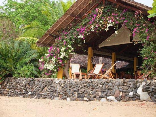 Sakatia Lodge: reception/restuarant