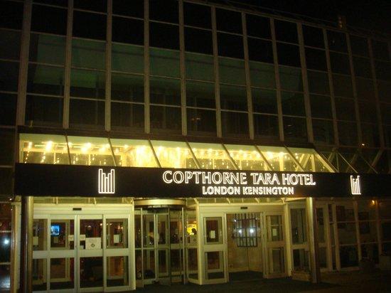 Copthorne Tara Hotel London Kensington: ingresso