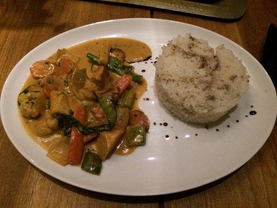 Khaima Restaurant : Vegan curry