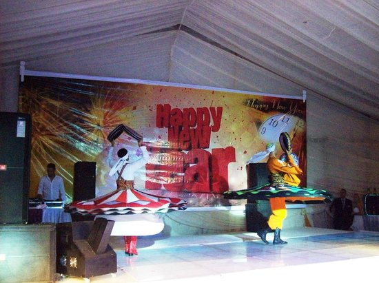 Xperience Sea Breeze Resort: New Year dancers