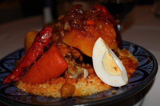 Riad Dar L'Oussia : couscous Royal !!! delicieux