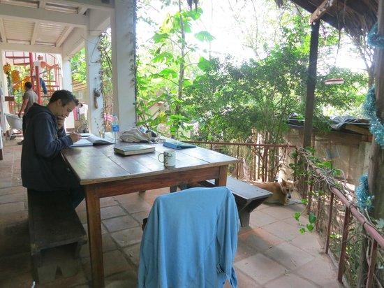 La Mariposa Spanish School and Eco Hotel: Study/Dining Area