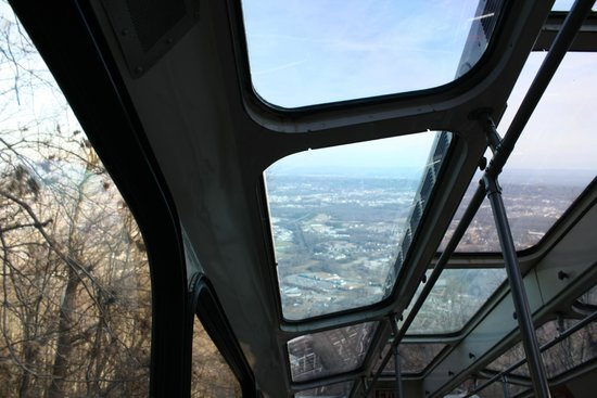 The Lookout Mountain Incline Railway: On the tram