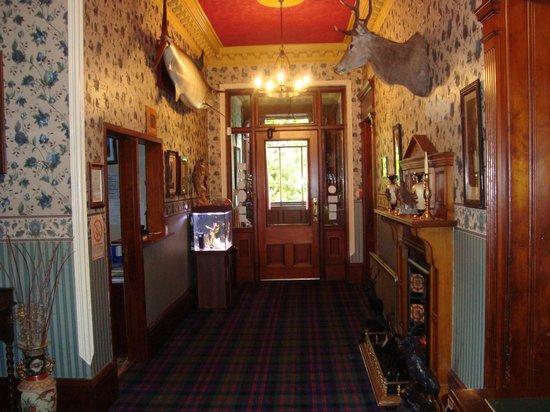 Arduthie House : Hall