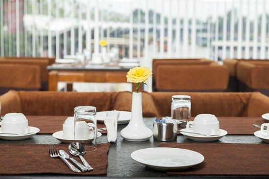 Abaam Hotel Cochin: Restaurant