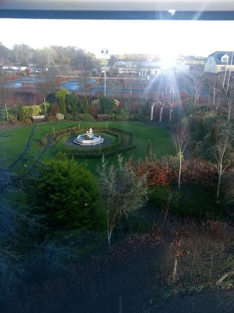 Great National Abbey Court Hotel & Spa: garden