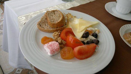 Hotel Broken Column: colazione