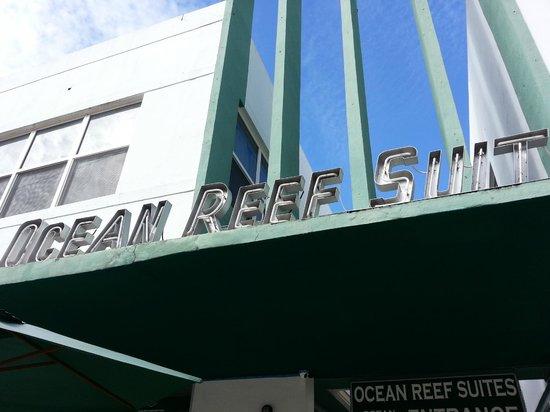 Ocean Reef Suites: entrada
