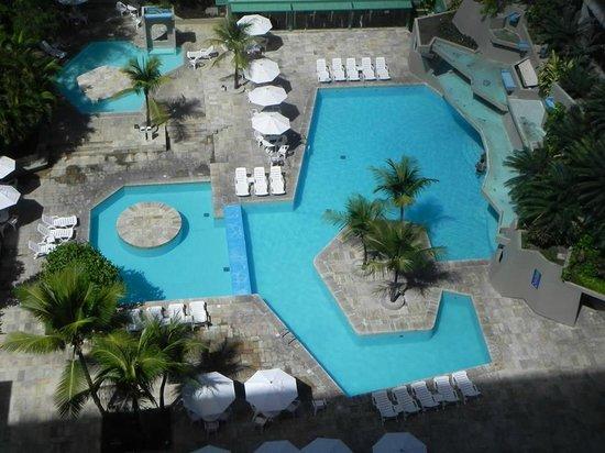 Mar Hotel Conventions: Vista da suite piscina