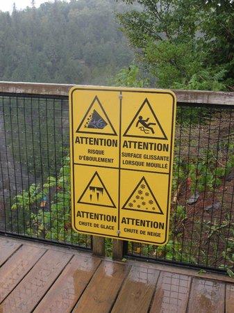 Montmorency Falls Park (Parc de la Chute-Montmorency): Signage