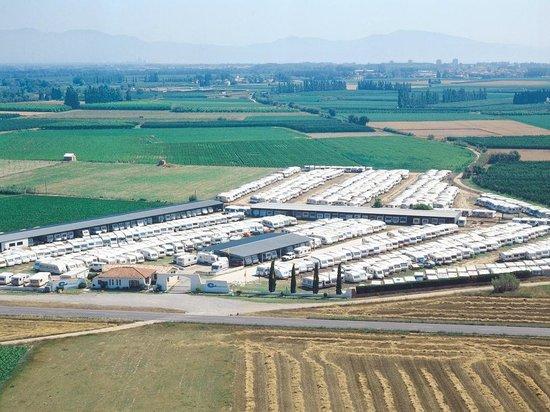 Caravan INN: Área de caravanas